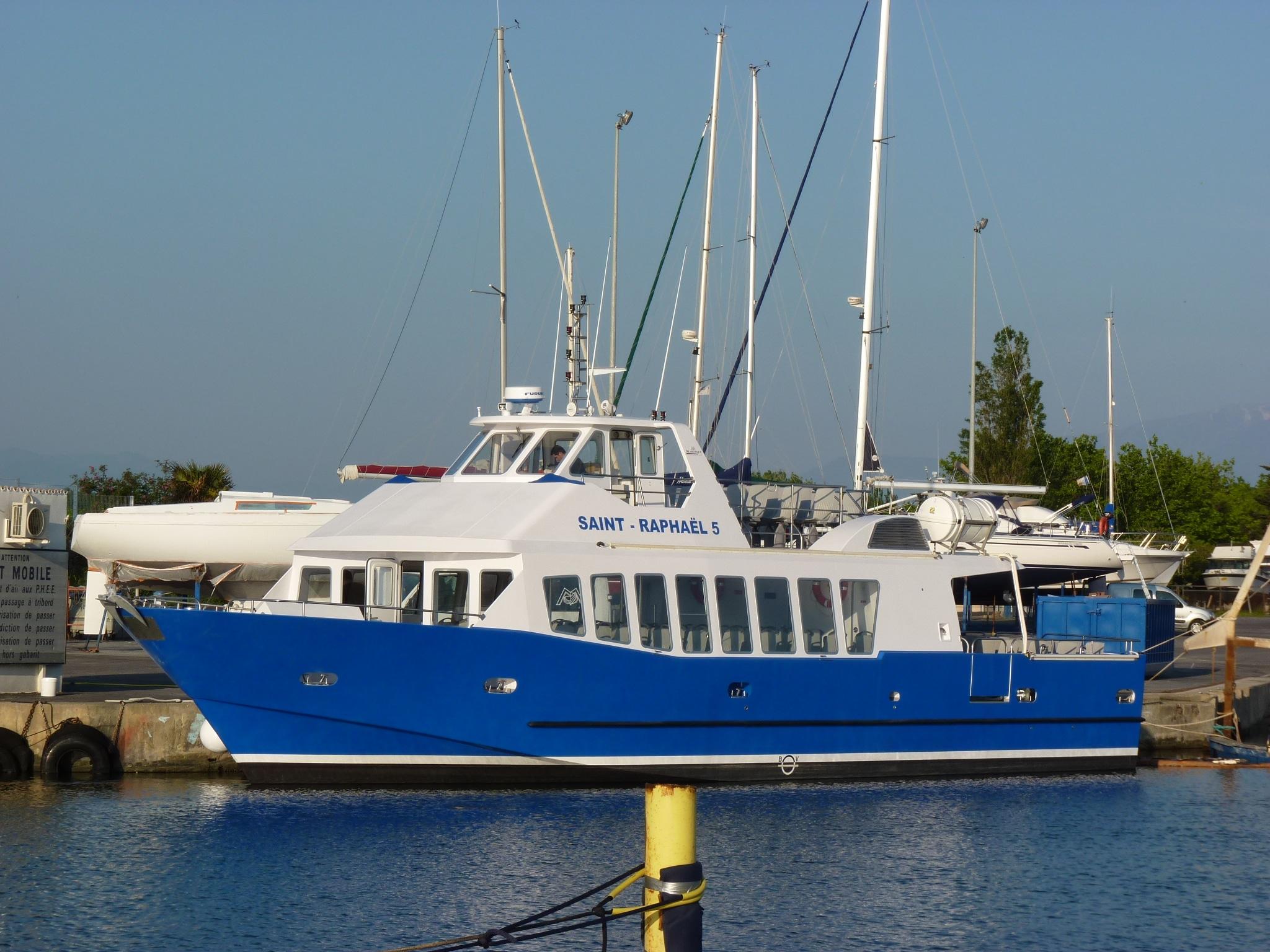 martinez constructeur de bateaux de servitude 20m