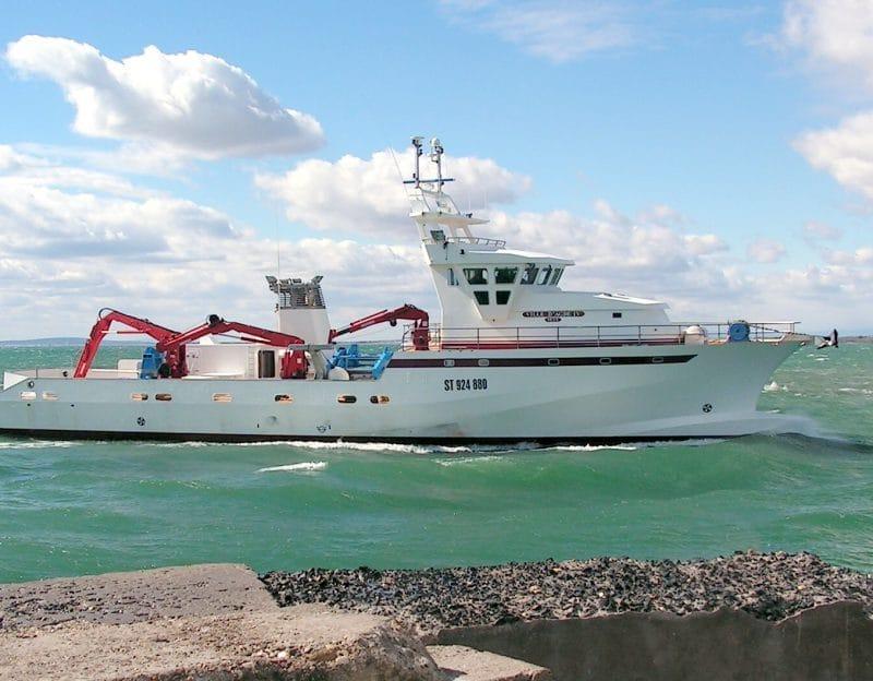 construction navire de pêche thonier 40m