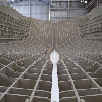 vue intérieure d'un moule de coque de bateau